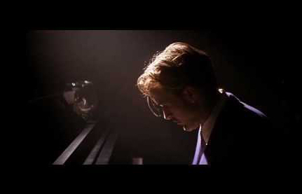 ryan gosling on piano